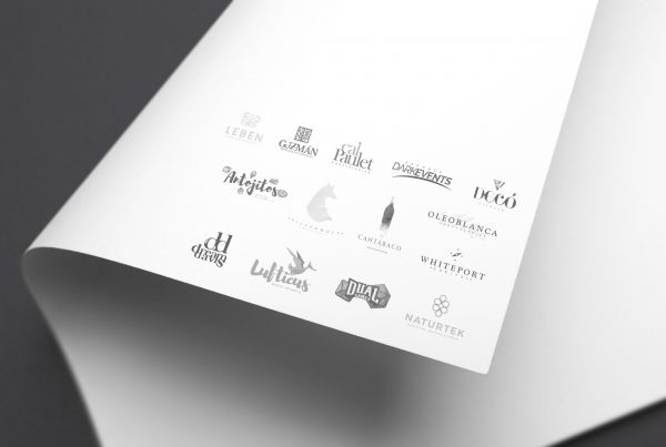 Braning La Paralela Agencia Creativa Diseño Logotipo variado